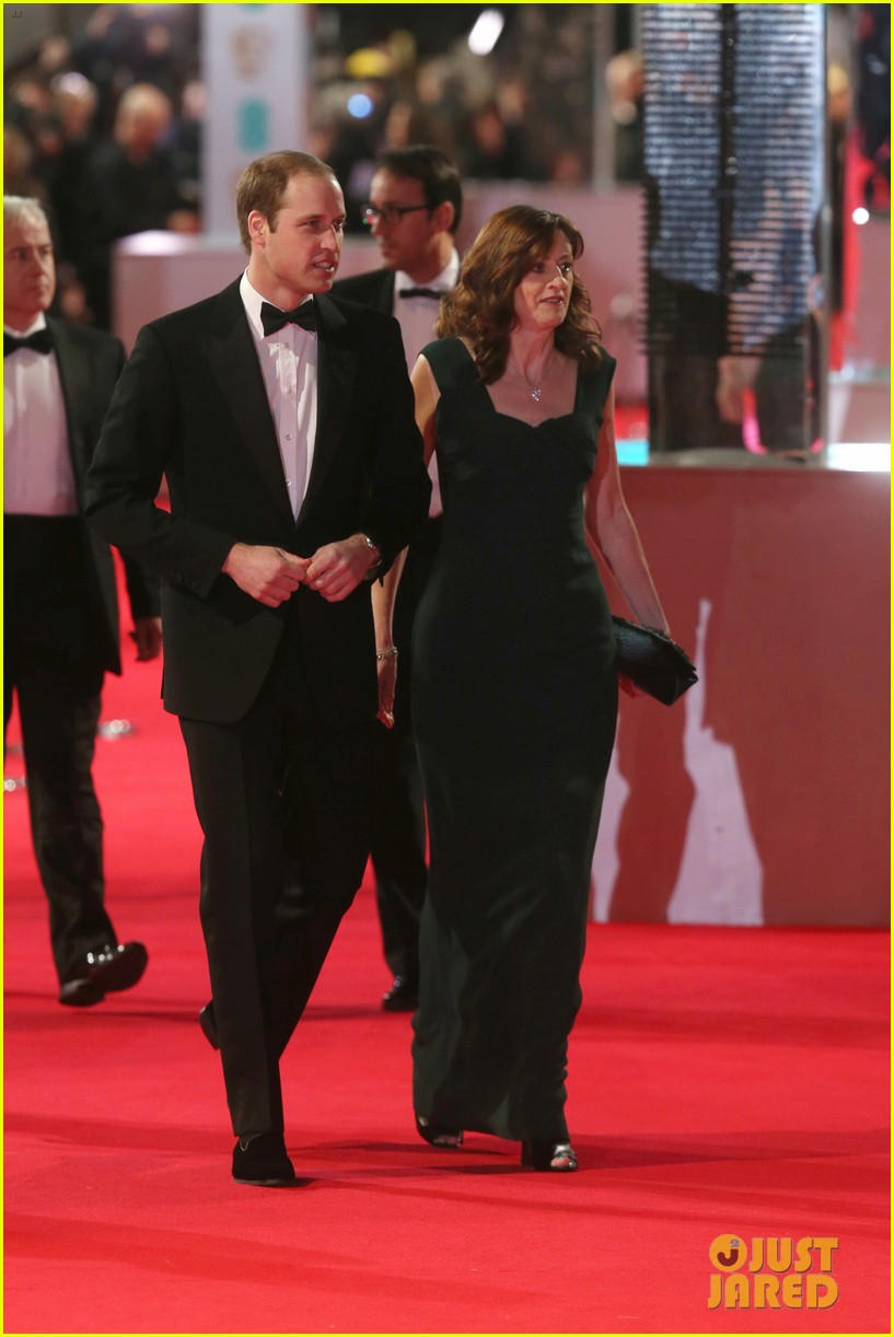 prince william baftas 2014 red carpet 01