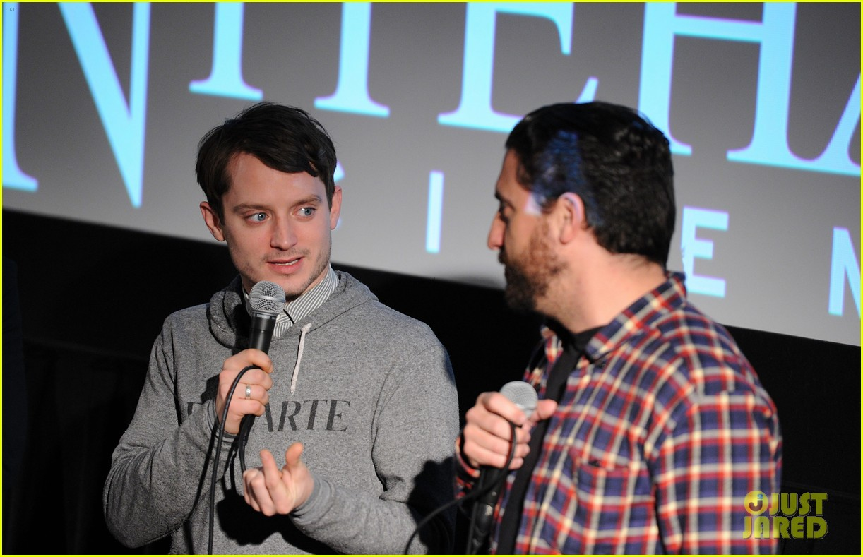 elijah wood grand piano screening with director eugenio mira 05