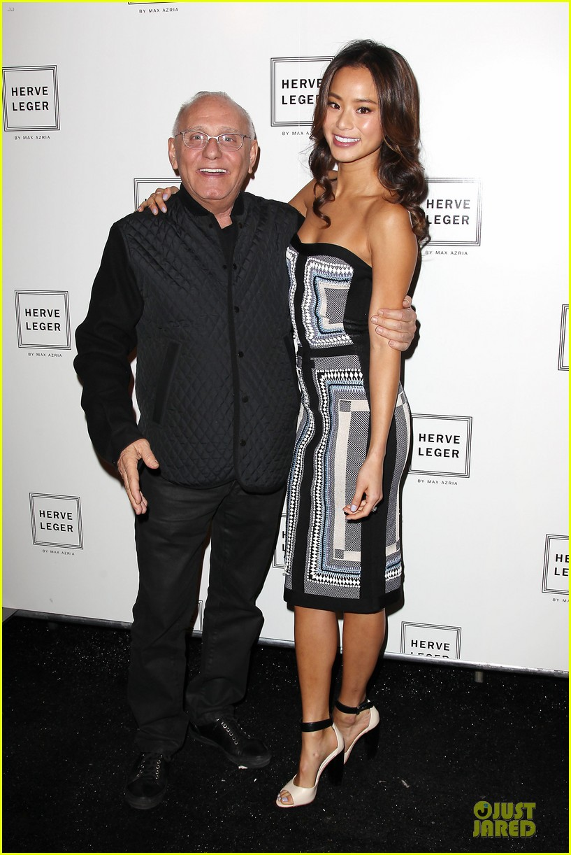 zoey deutch jamie chung herve leger by max azria fashion show 093049813