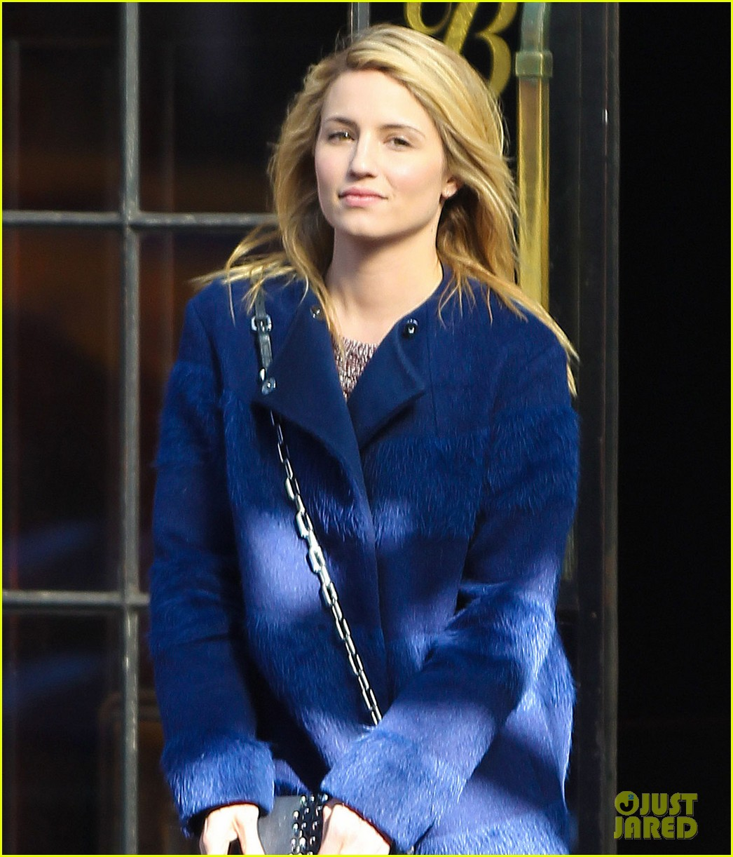 dianna agron roams new york city while glee films 053071463
