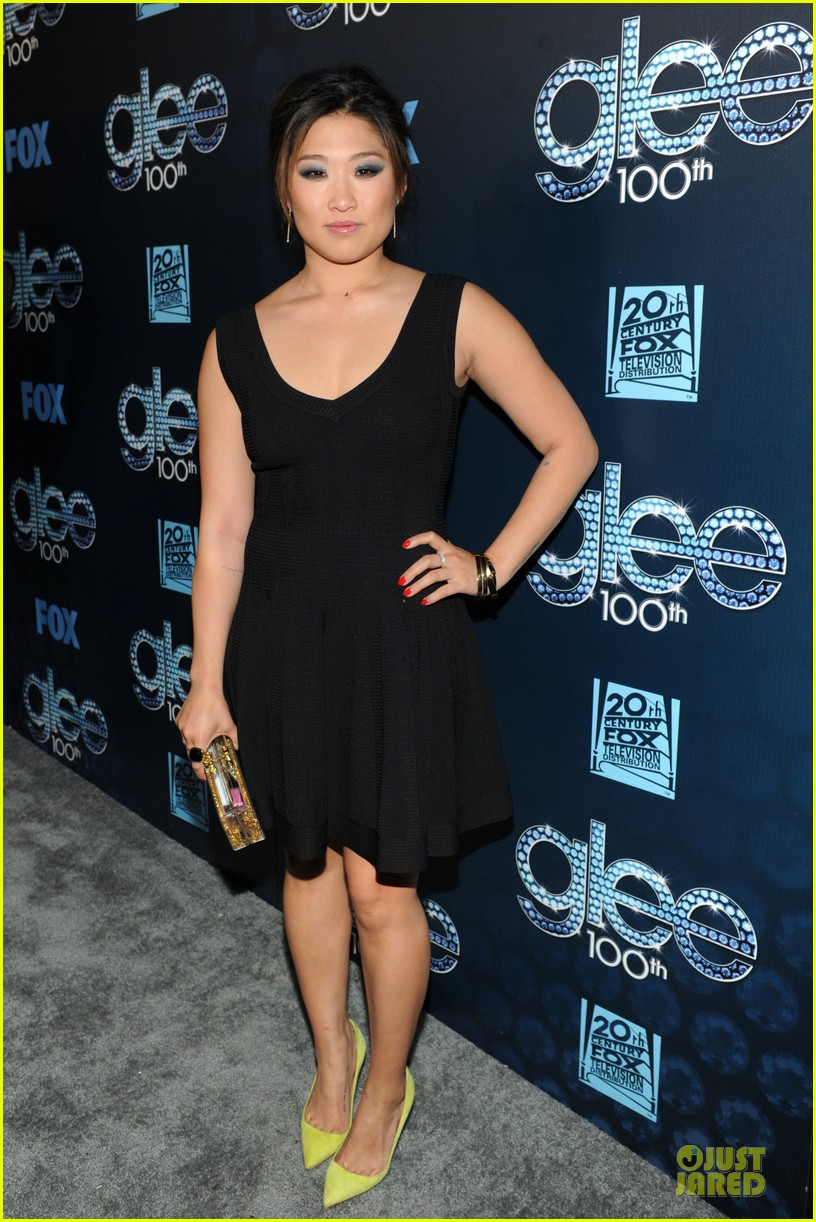 dianna agron jenna ushkowitz glee 100th celebration 123074449