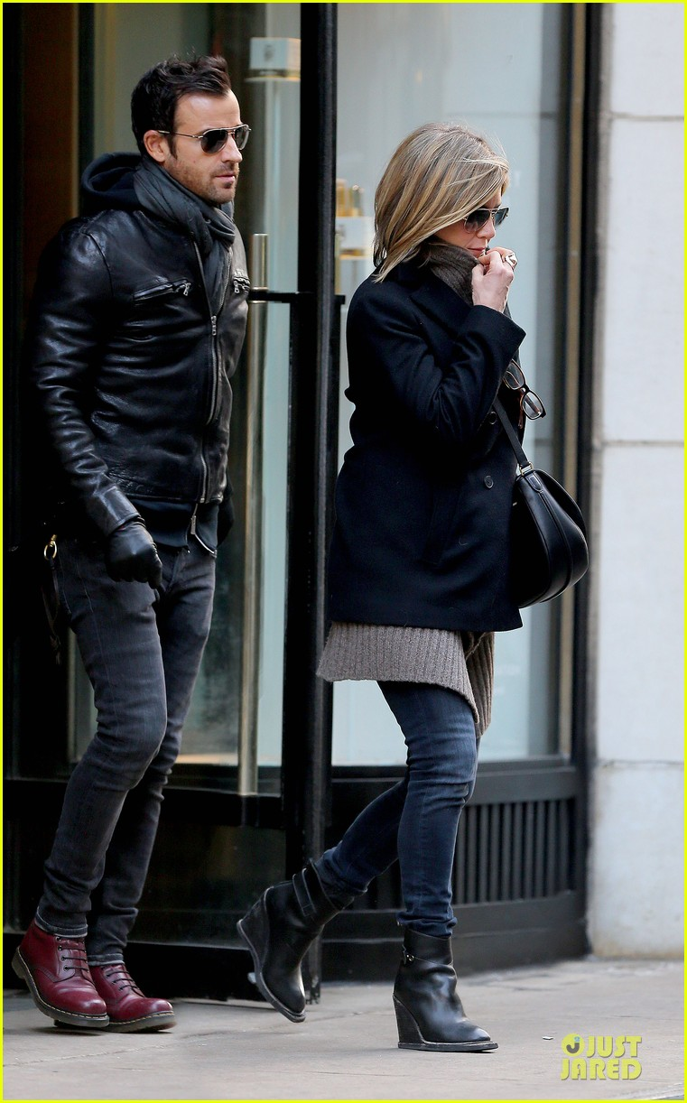 jennifer aniston justin theroux spotted in nyc 01