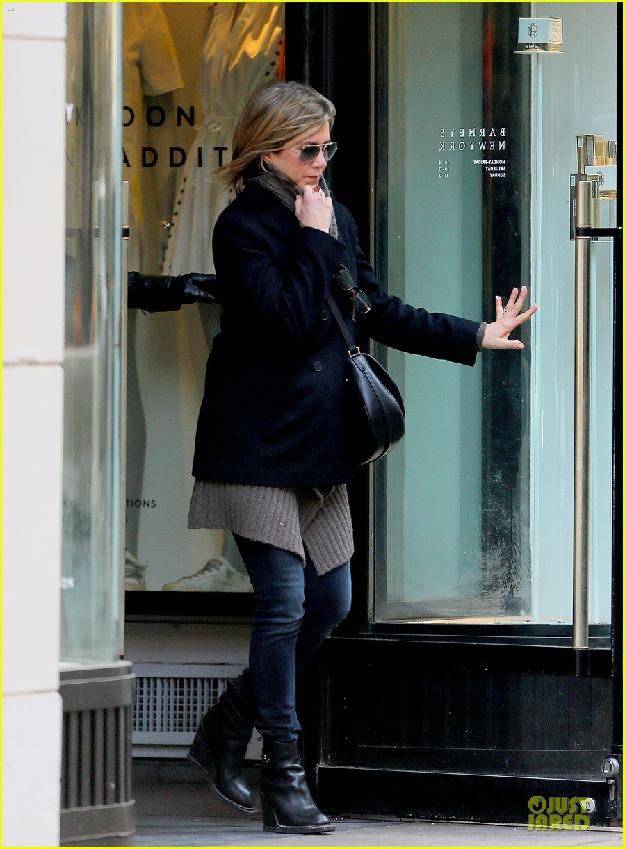jennifer aniston justin theroux spotted in nyc 05