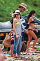 kristen bell dax shepard beach bodies hawaii 06