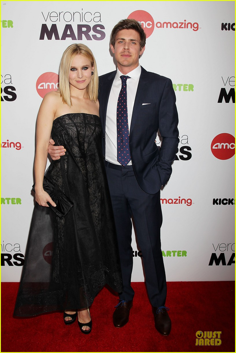 kristen bell chris lowell glam up the veronica mars nyc screening 03