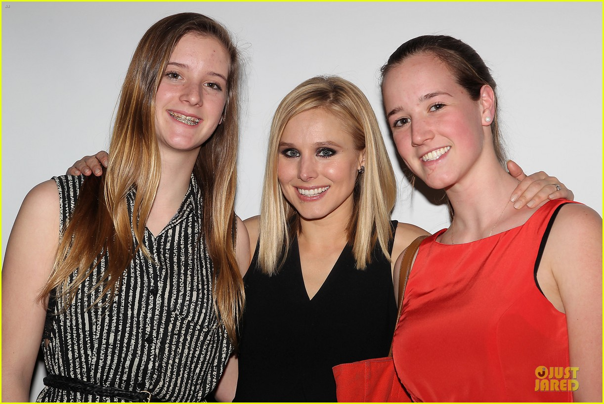 kristen bell switches it up for veronica mars after party 083069655