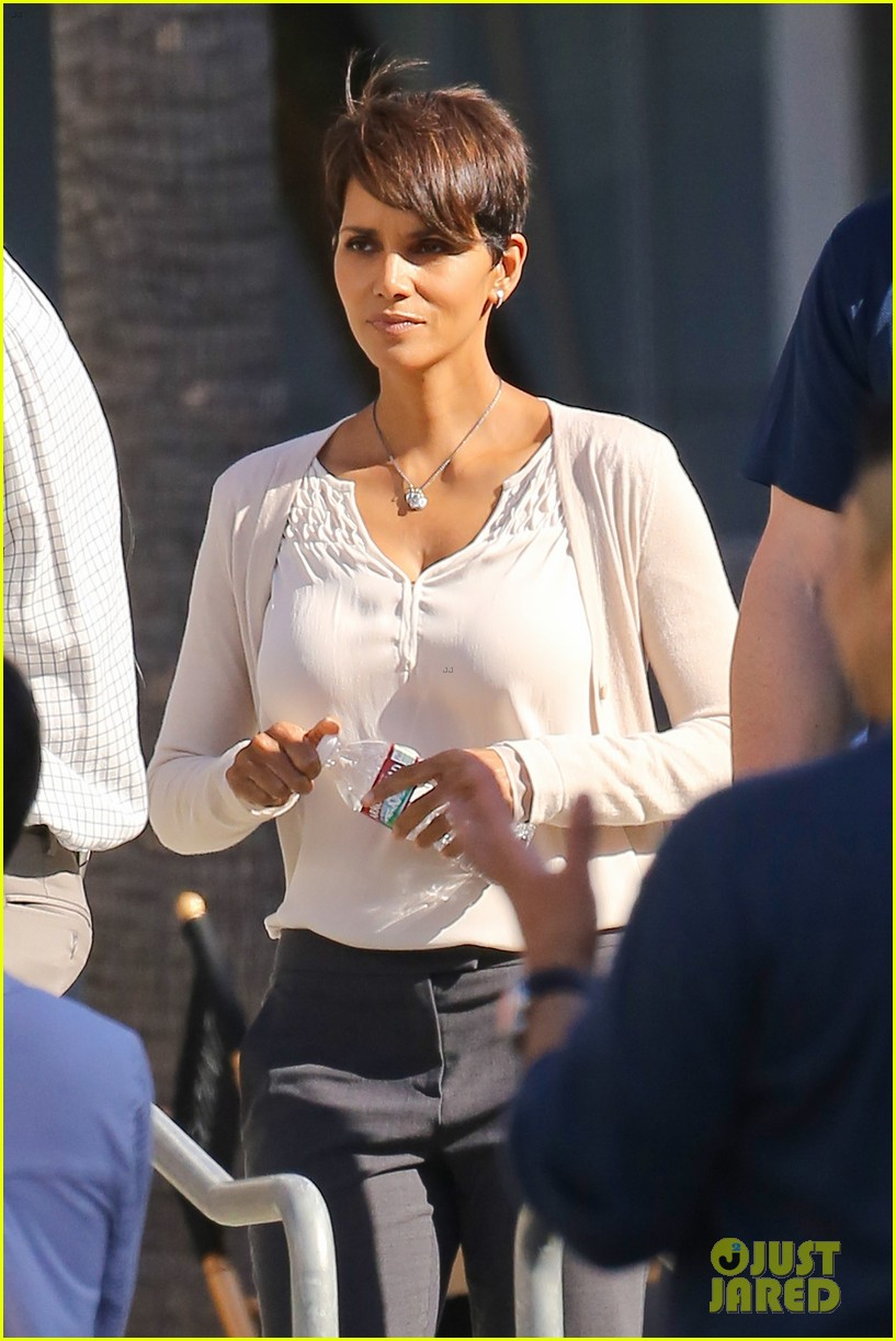 halle berry gets to work on extant 04