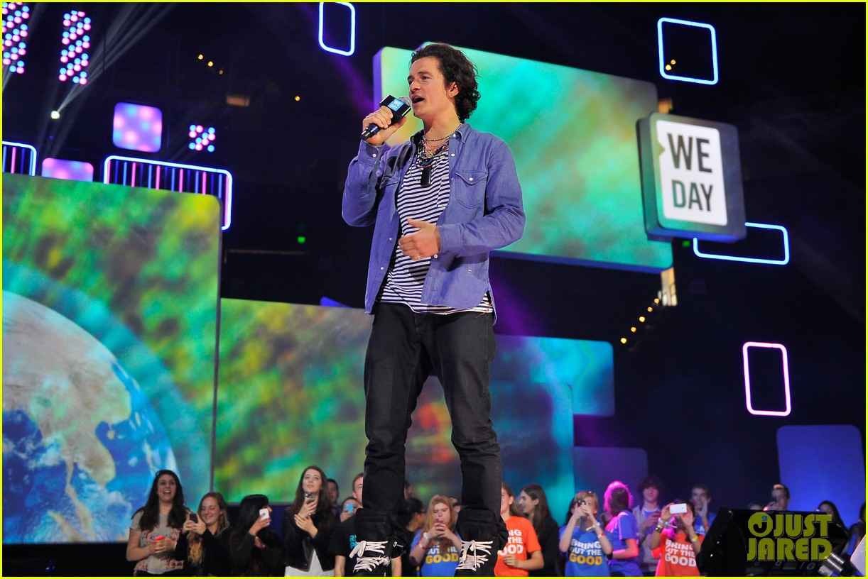 orlando bloom we day 2014 053079308
