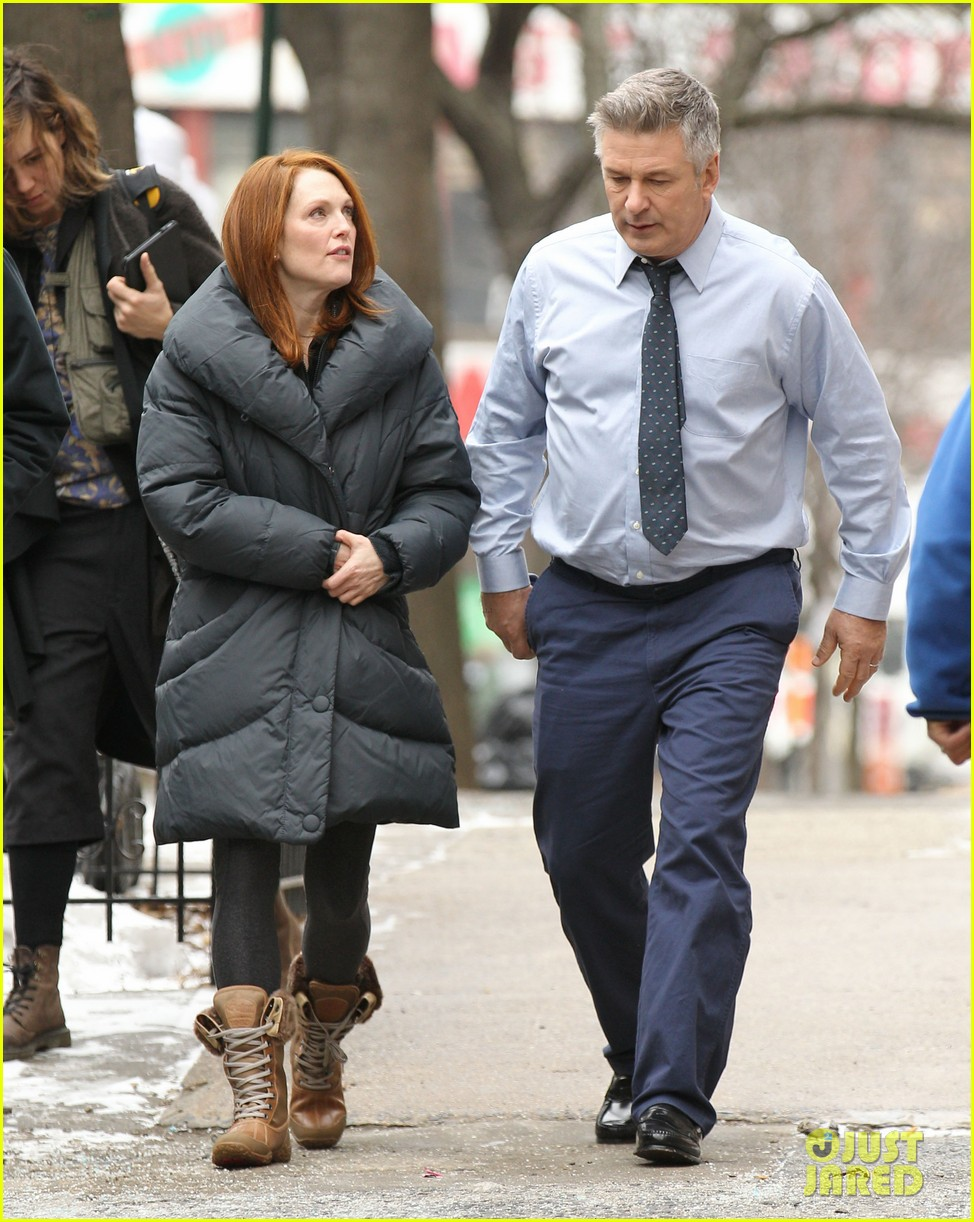 kate bosworth kristen stewart get ready for work on still alice set 04a