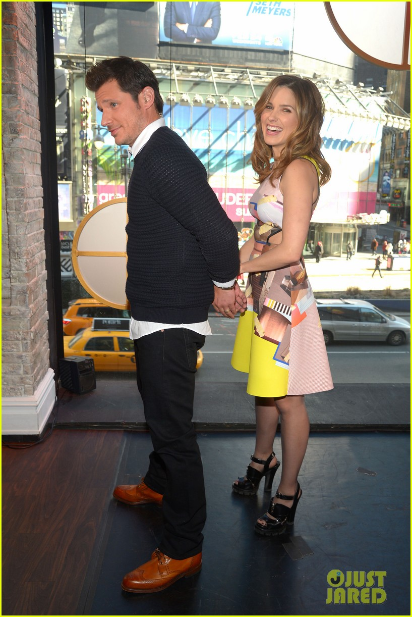 sophia bush nicky lachey reminisce about kissing on big morning buzz live 06