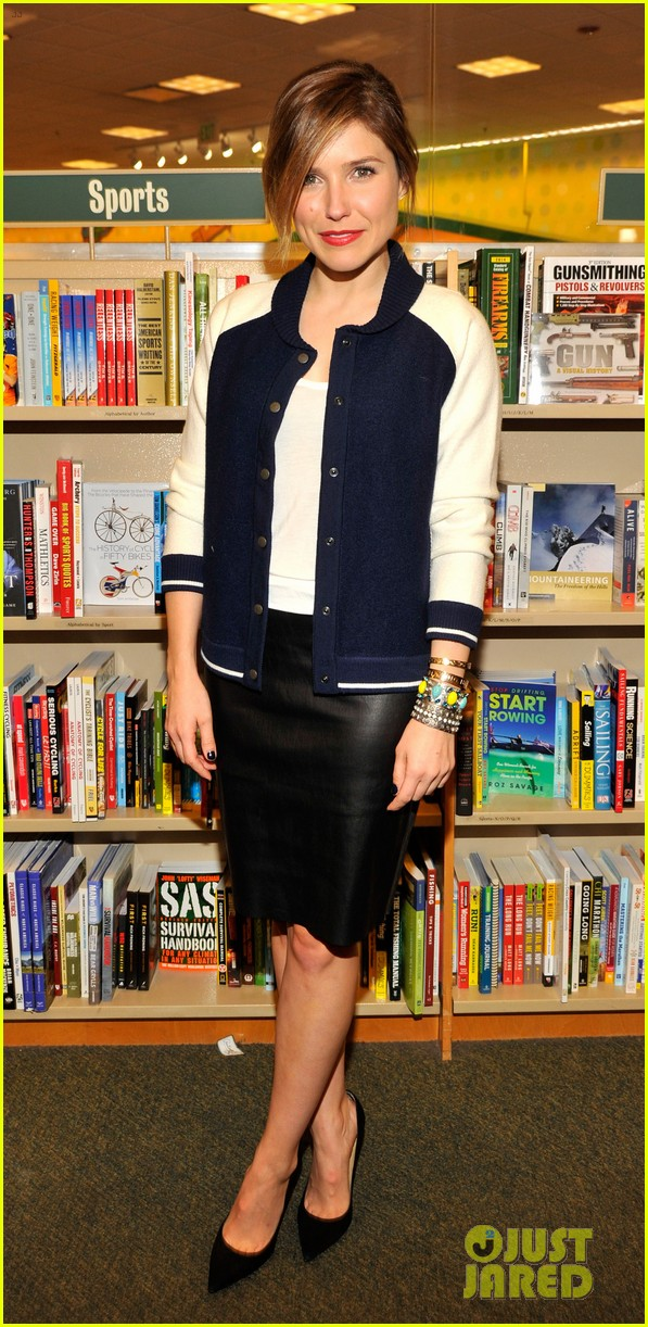 sophia bush adam braun book signing 01