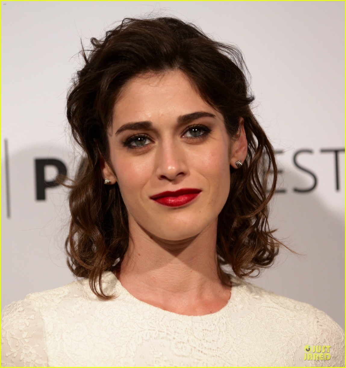 lizzy caplan michael sheen masters of sex at paleyfest 16