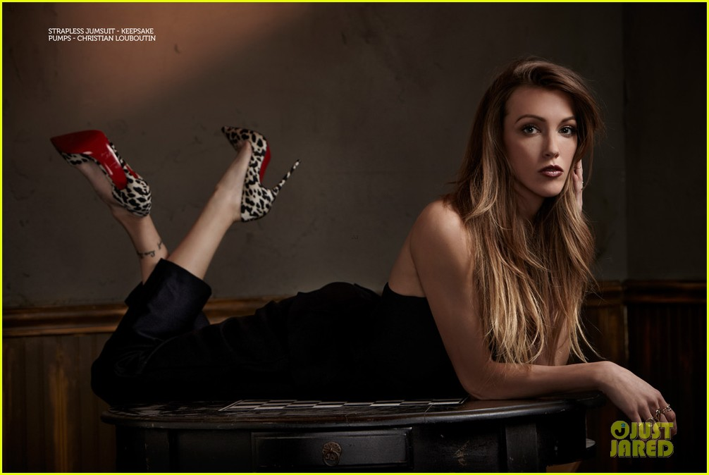 katie cassidy bares midriff for glamoholic cover 093076584