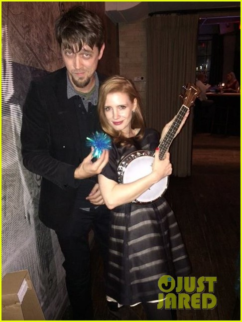 jessica chastain celebrates birthday with tom hiddleston 02