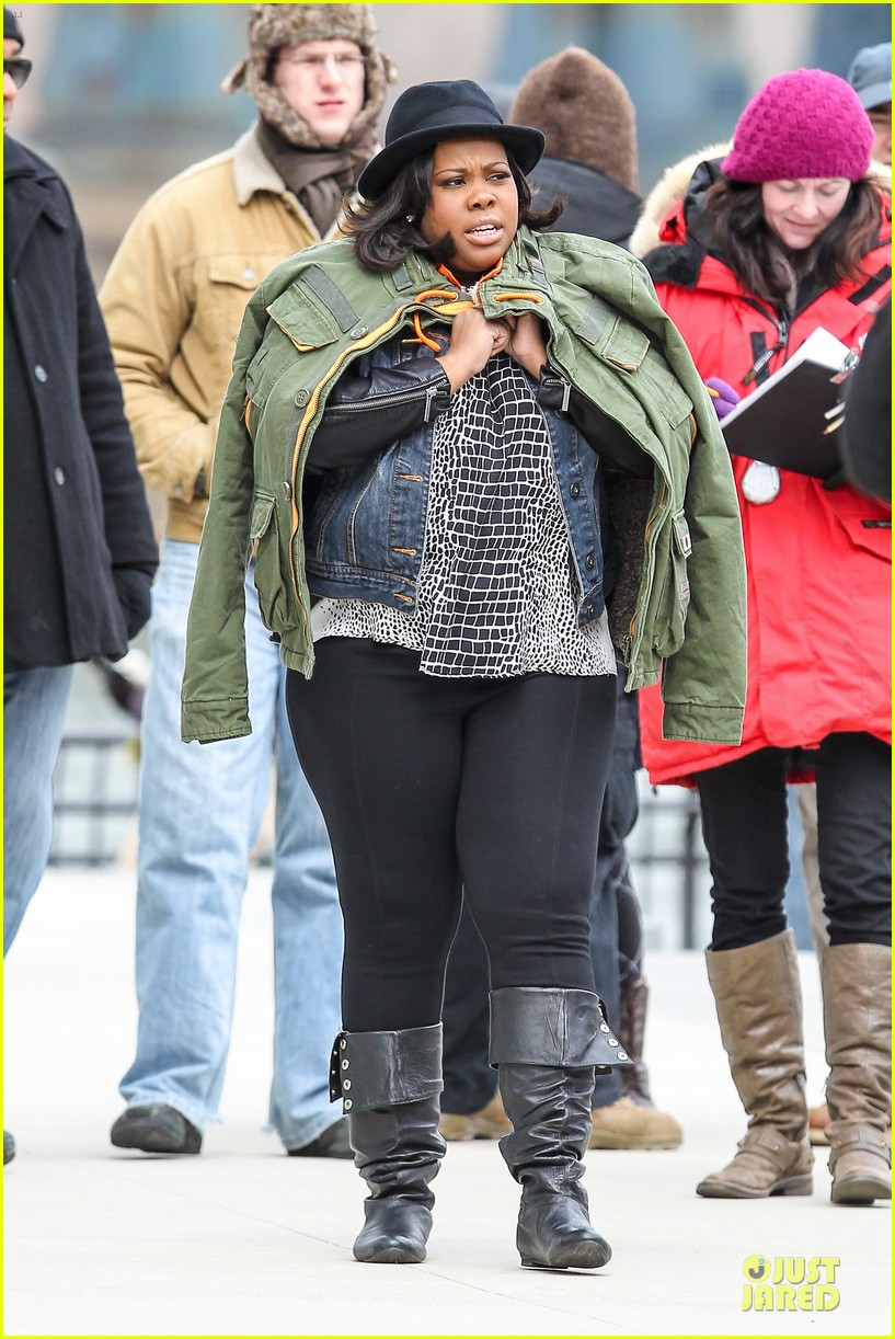 chord overstreet give amber riley jacket to stay warm 03