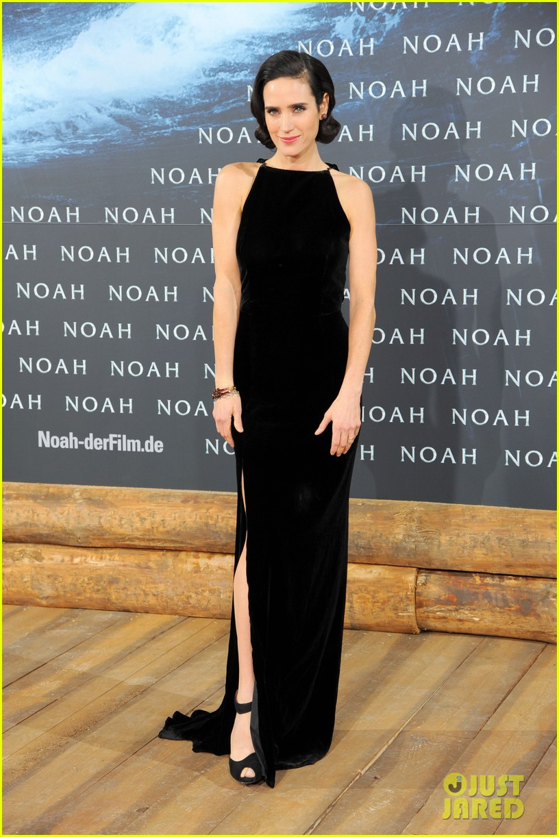 jennifer connelly douglas booth noah premiere in berlin 023071315
