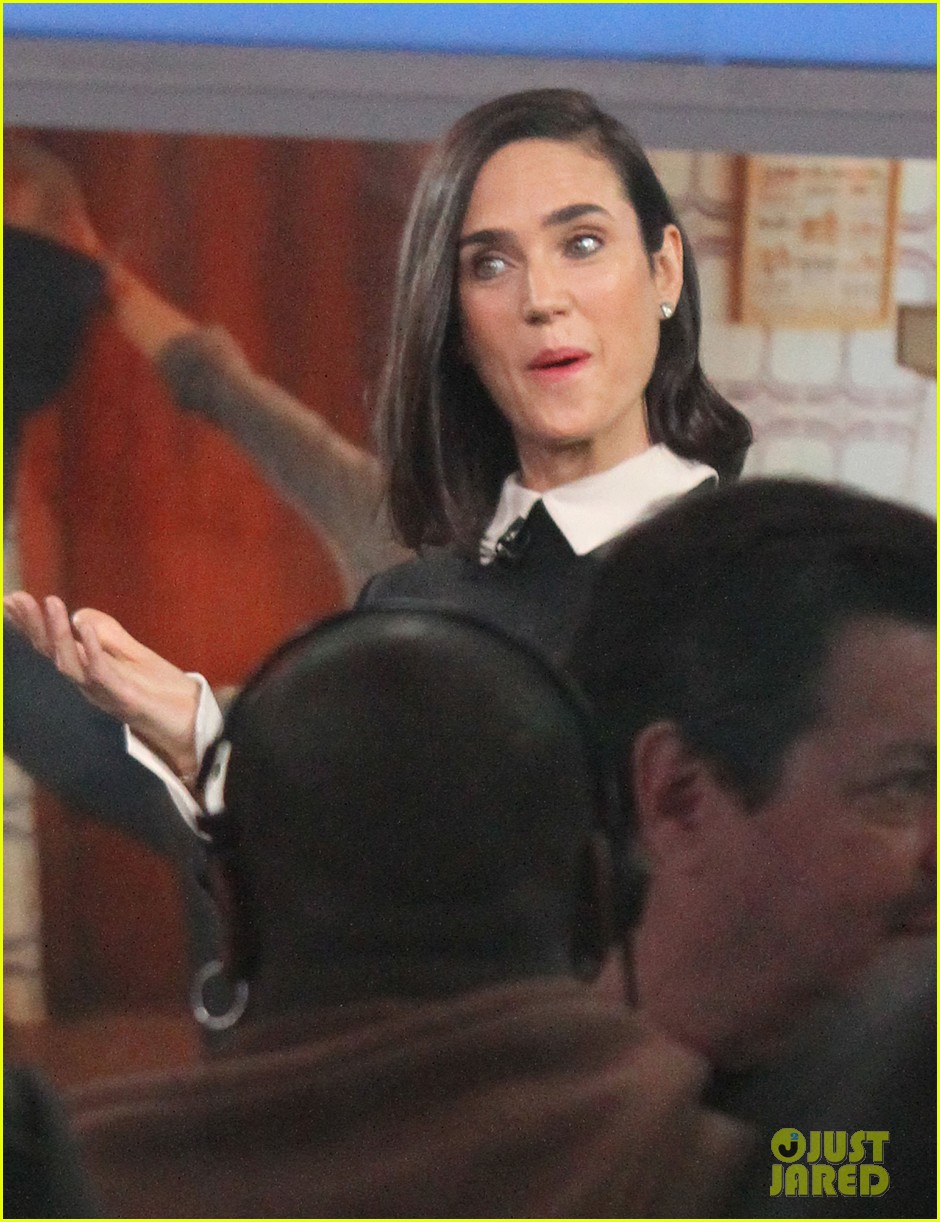 jennifer connelly promotes noah on gma 02