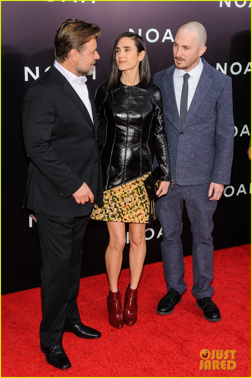 jennifer connelly russell crowe noah nyc premiere 053079183