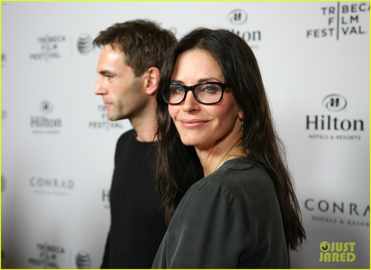 courteney cox johnny mcdaid tribeca film festival 12