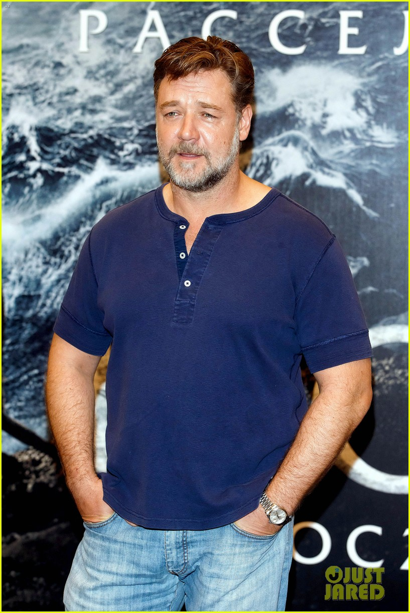 russell crowe meeting with pope canceled 153073802
