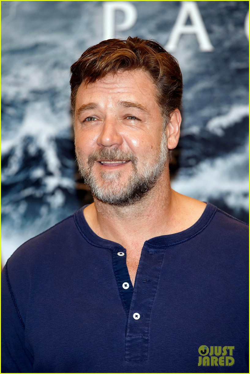 russell crowe meeting with pope canceled 17