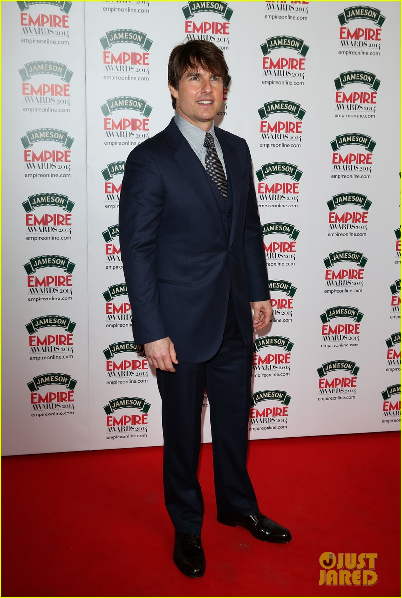 tom cruise joins jack reacher co star jameson awards 05