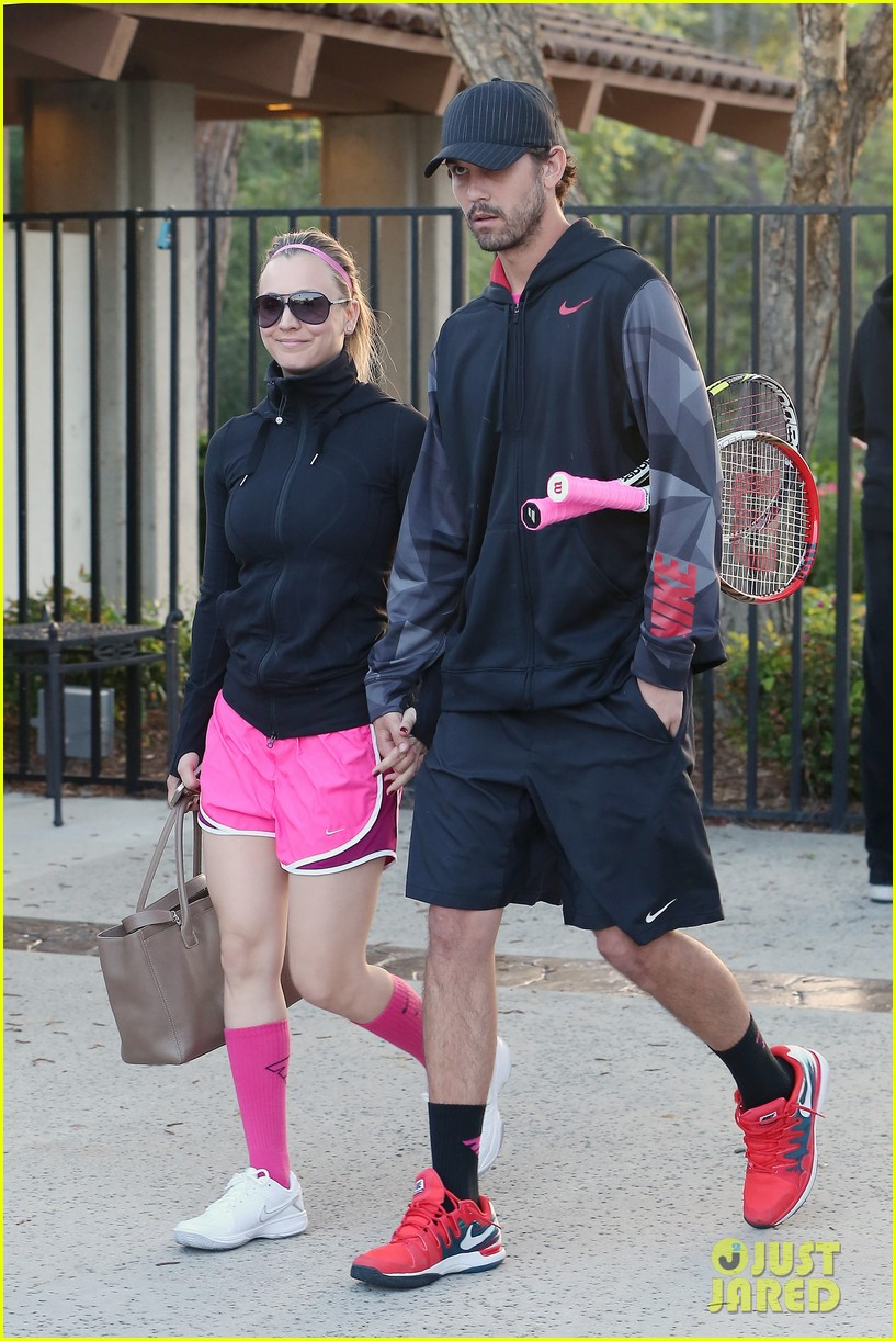kaley cuoco ryan sweeting compete in tennis match end game with a sweet smooch 013076995