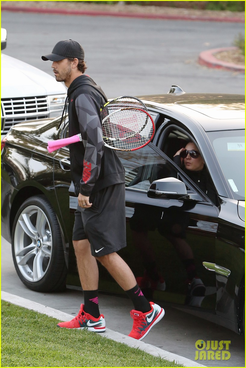 kaley cuoco ryan sweeting compete in tennis match end game with a sweet smooch 10