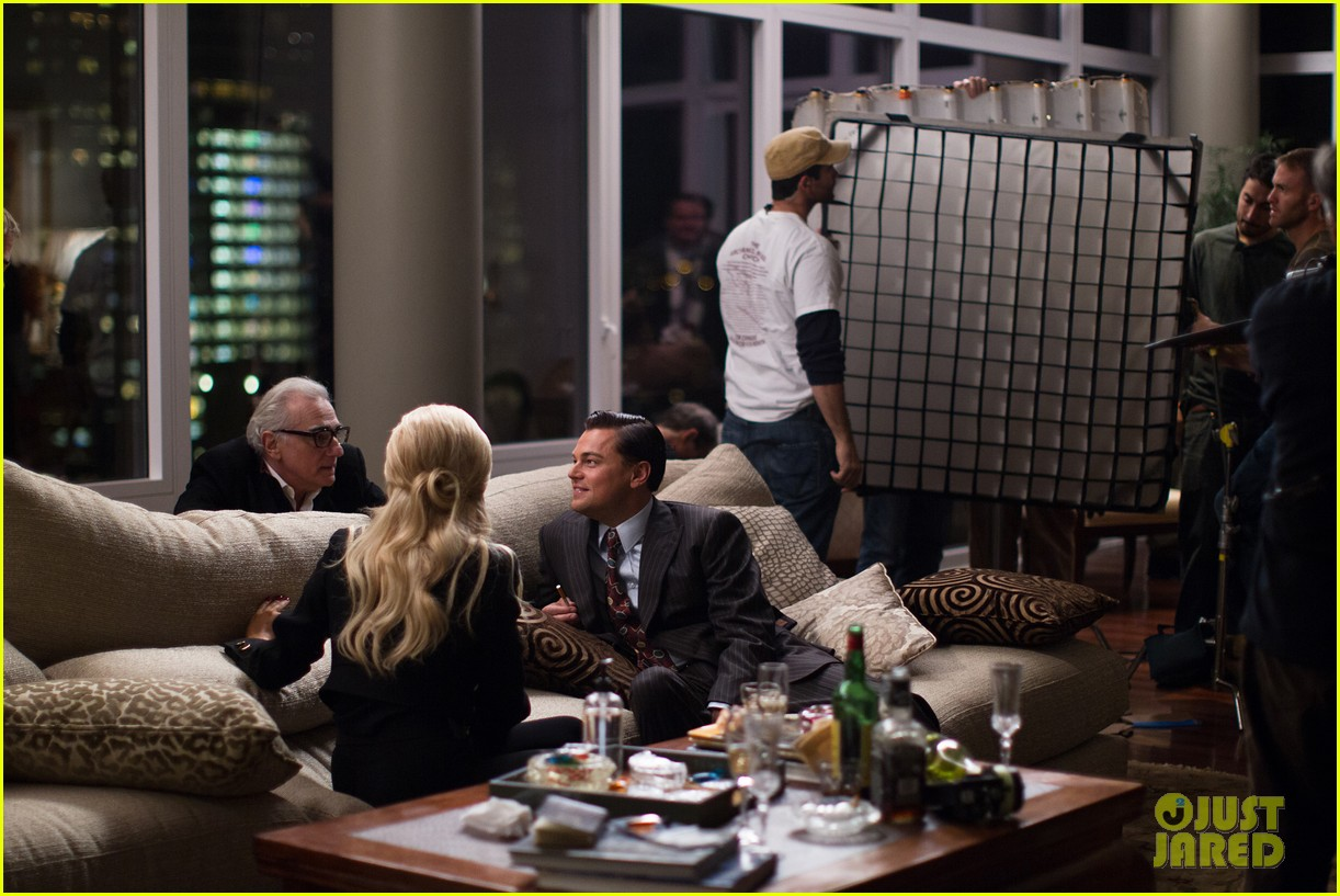 leonardo dicaprio wolf of wall street behind the scenes 033074546