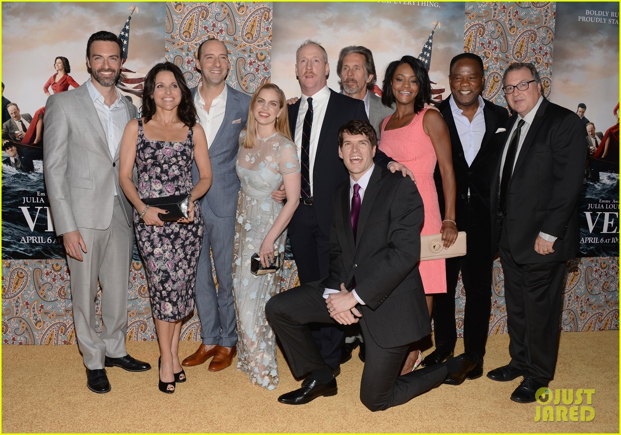 julia louis dreyfus celebrates the season three premiere of veep 11