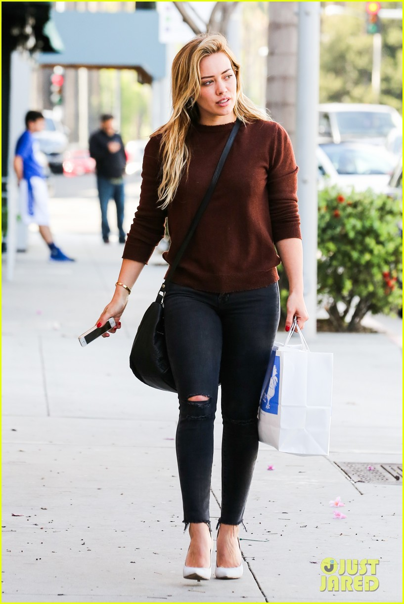 hilary duff reveals lyrics to upcoming new unreleased song 08