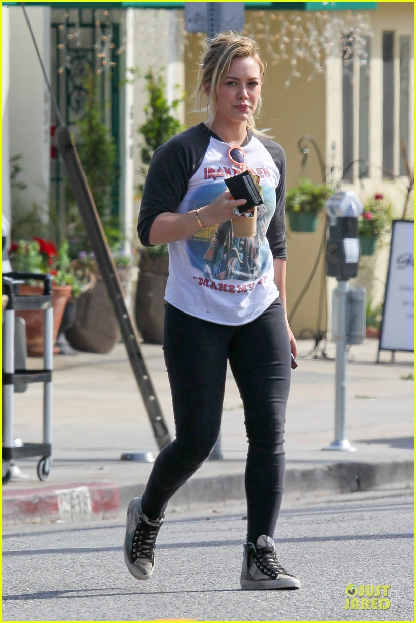 hilary duff heavy metal band iron maiden makes my day 103066163