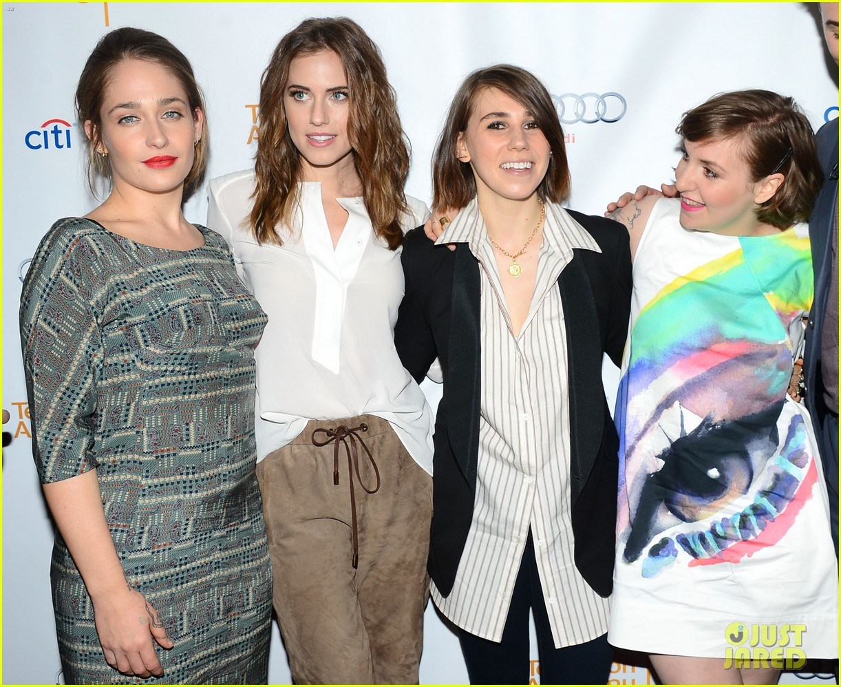 lena dunham allison williams an evening with the cast of girls 02