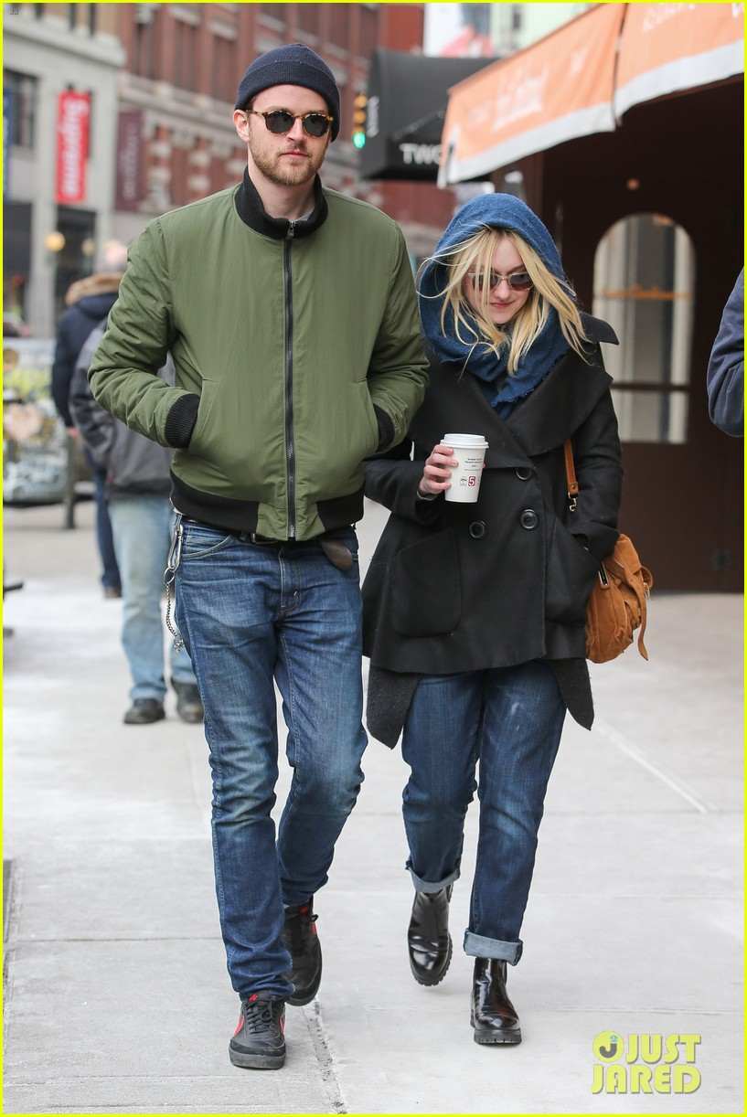 dakota fanning heading to nevada soon for new film 043066741