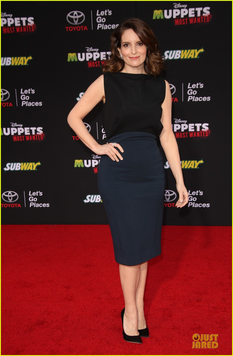 tina fey ty burrell muppets hollywood premiere 013070211
