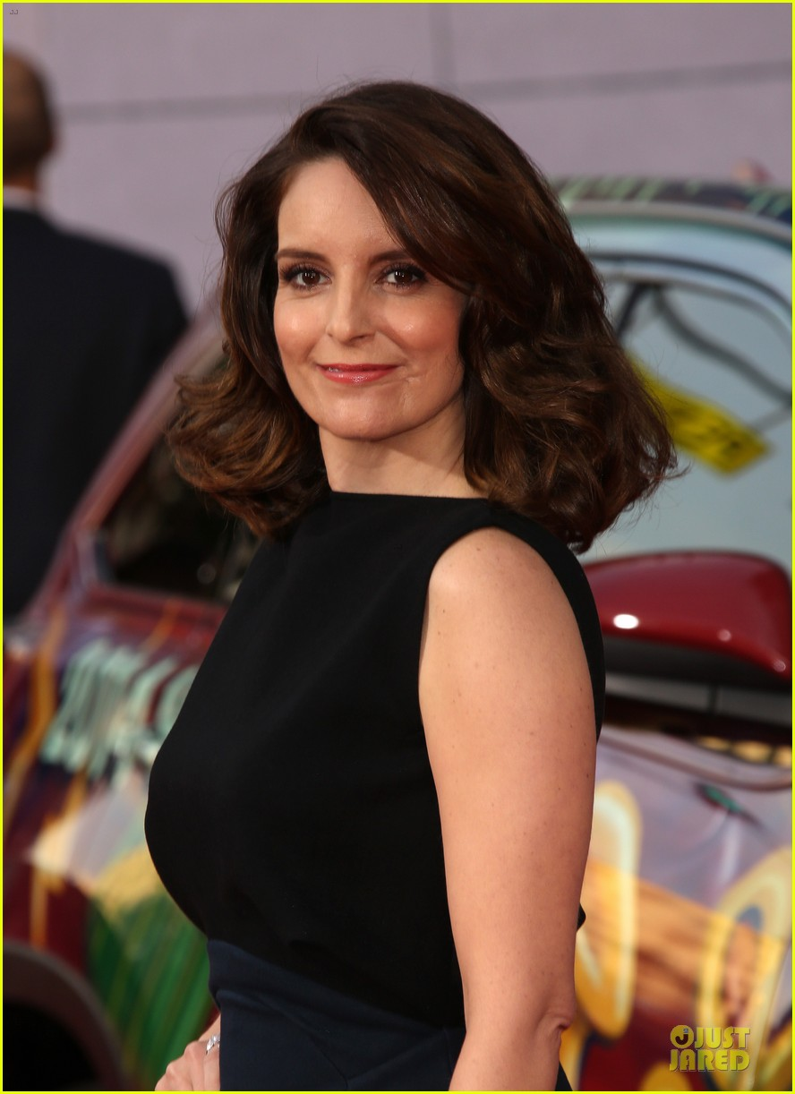tina fey ty burrell muppets hollywood premiere 13