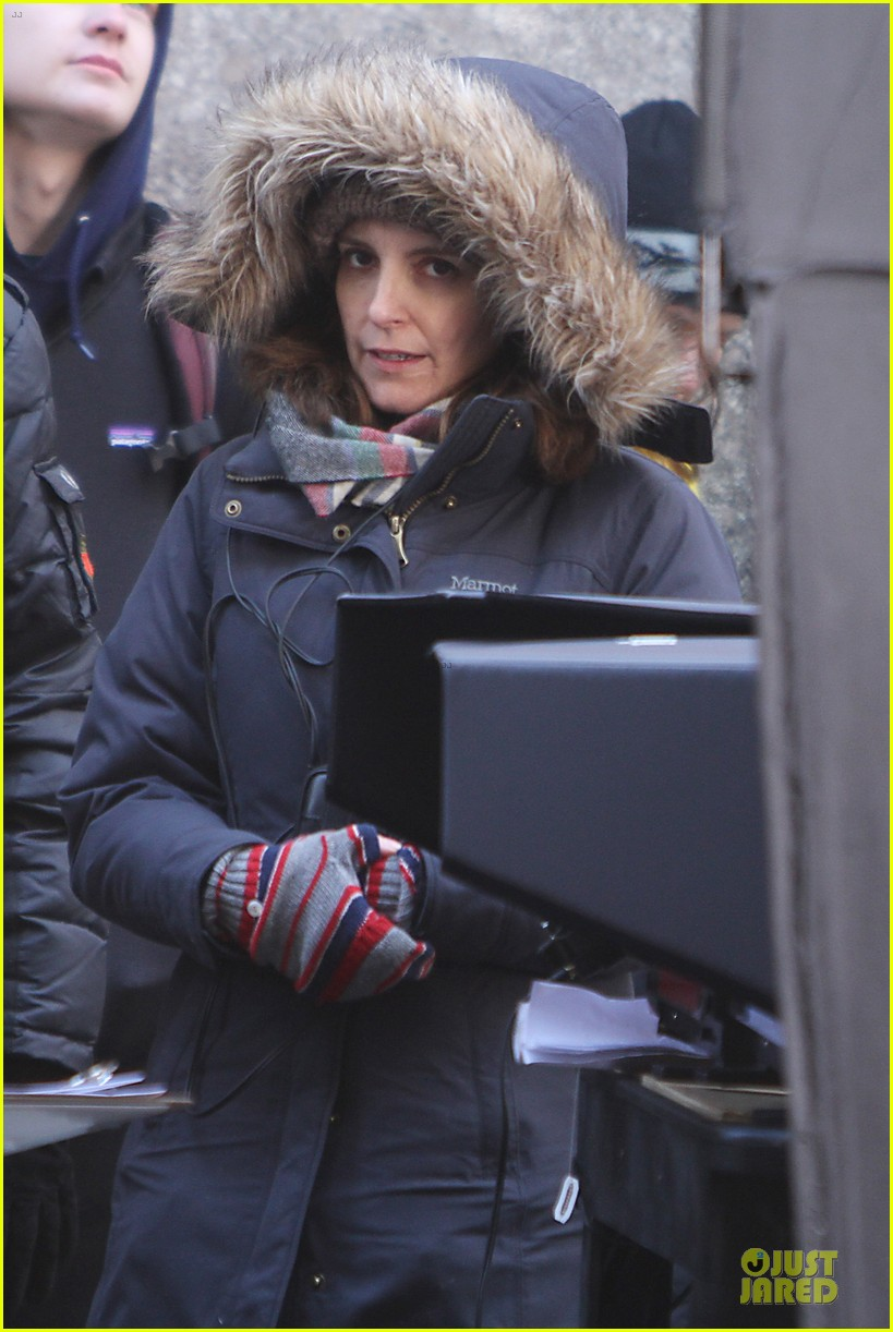tina fey battle weather to oversee tooken 11