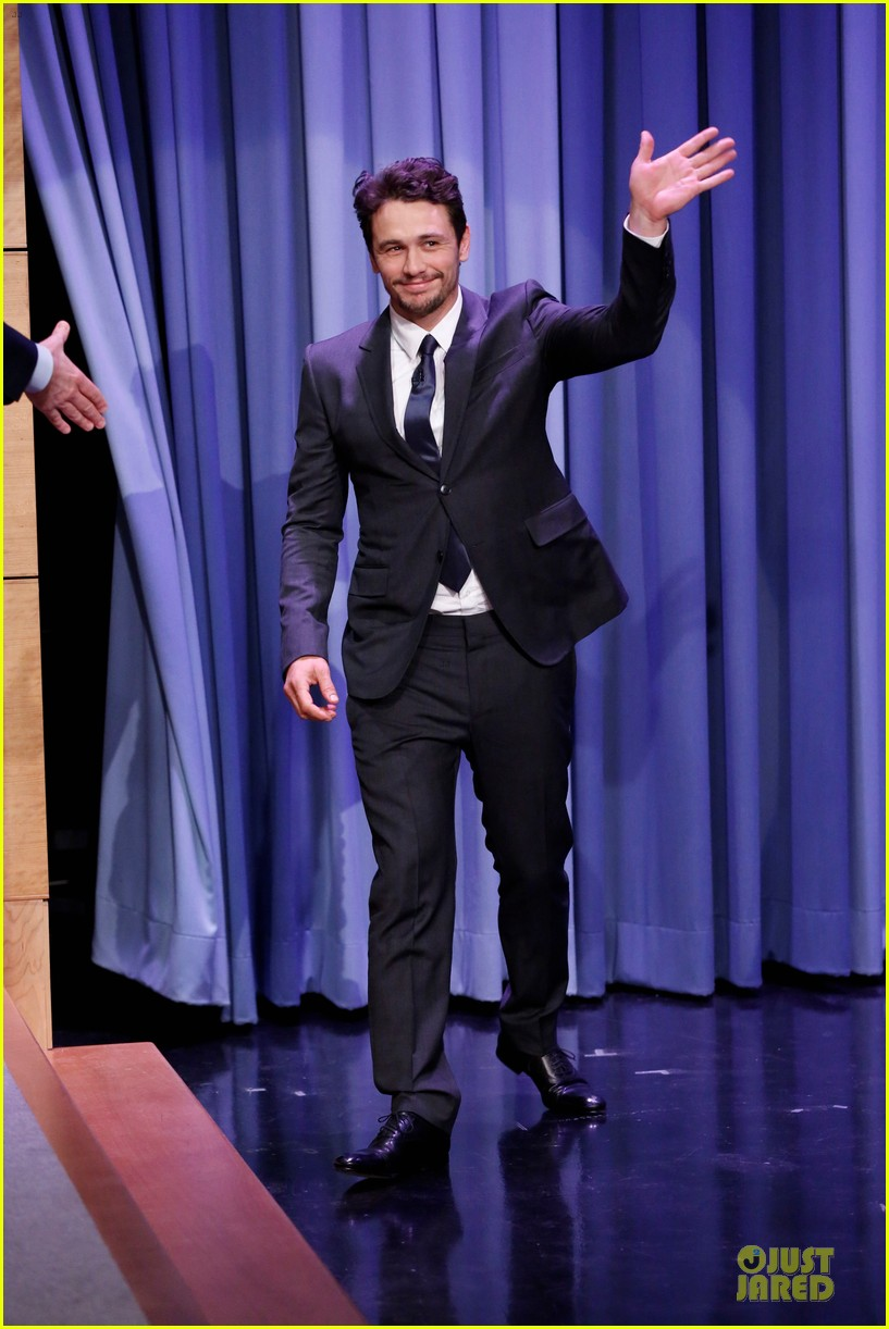 james franco likes to spread love with happiness 013072320