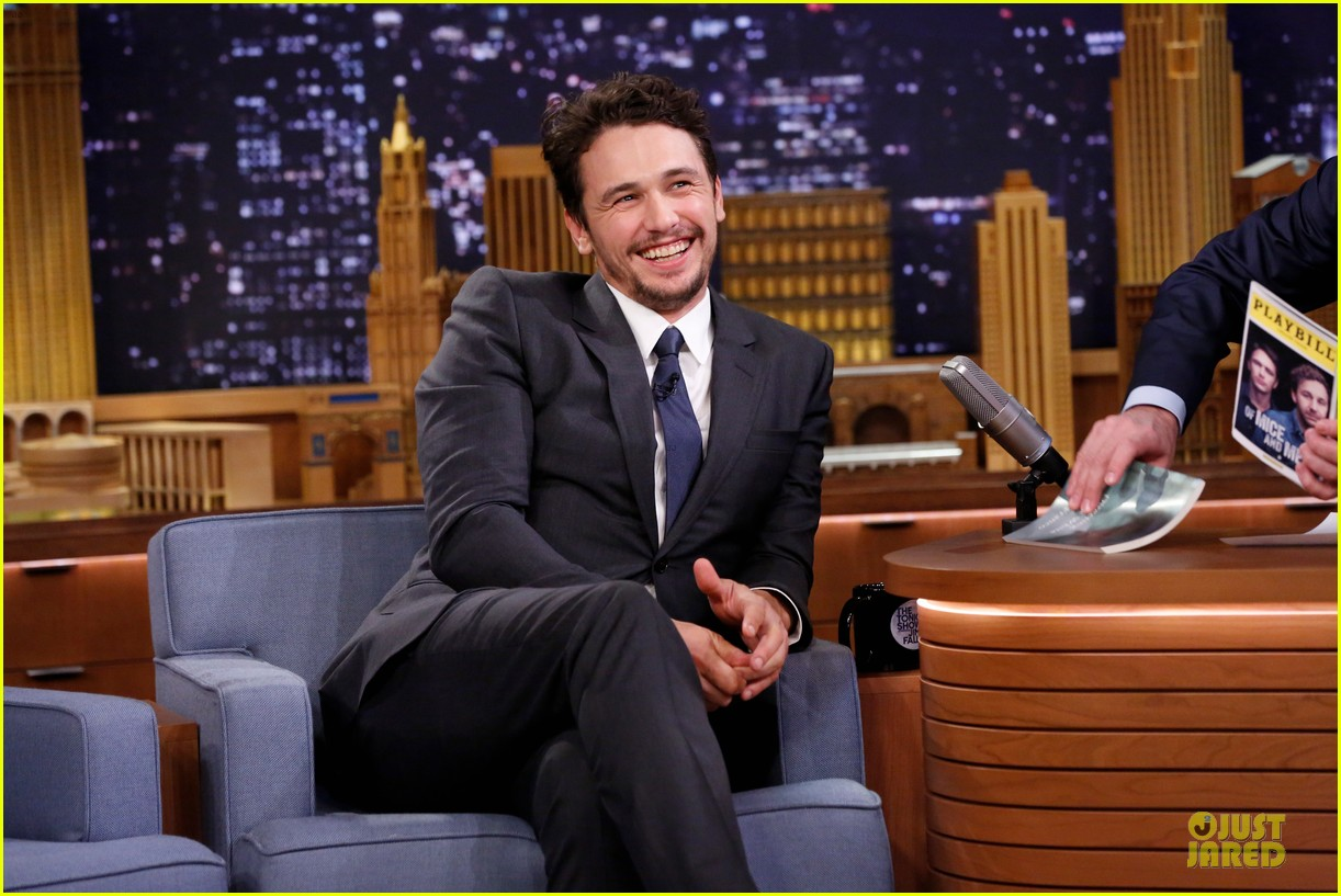 james franco likes to spread love with happiness 023072321