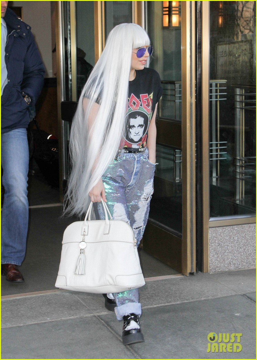 lady gaga wants you to know dont mess with joes daughters 03