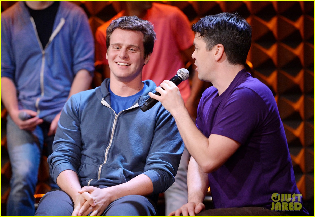jonathan groff interviewed for freestyle love supreme exclusive 06