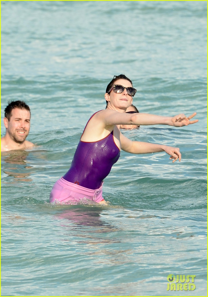 anne hathaway heads back for more beach fun in miami 073077320