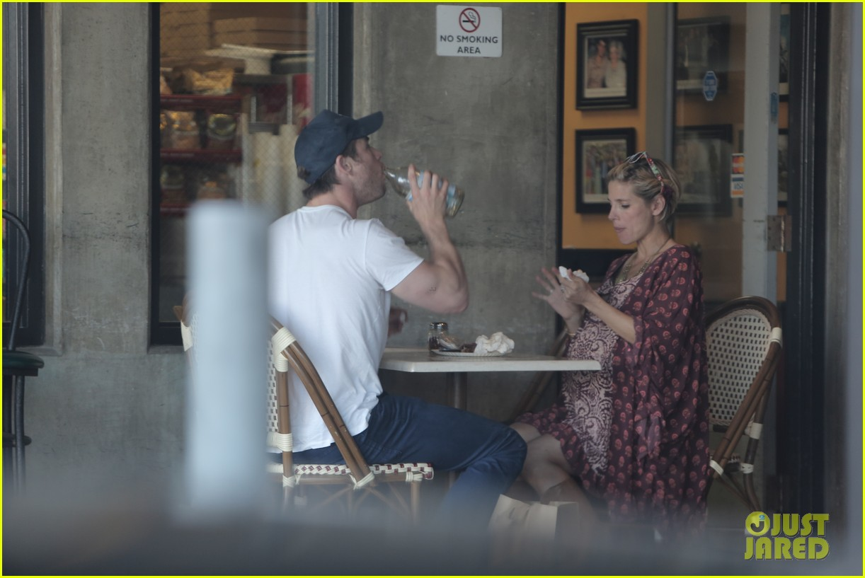 chris hemsworth elsa pataky enjoy lunch date 163067948