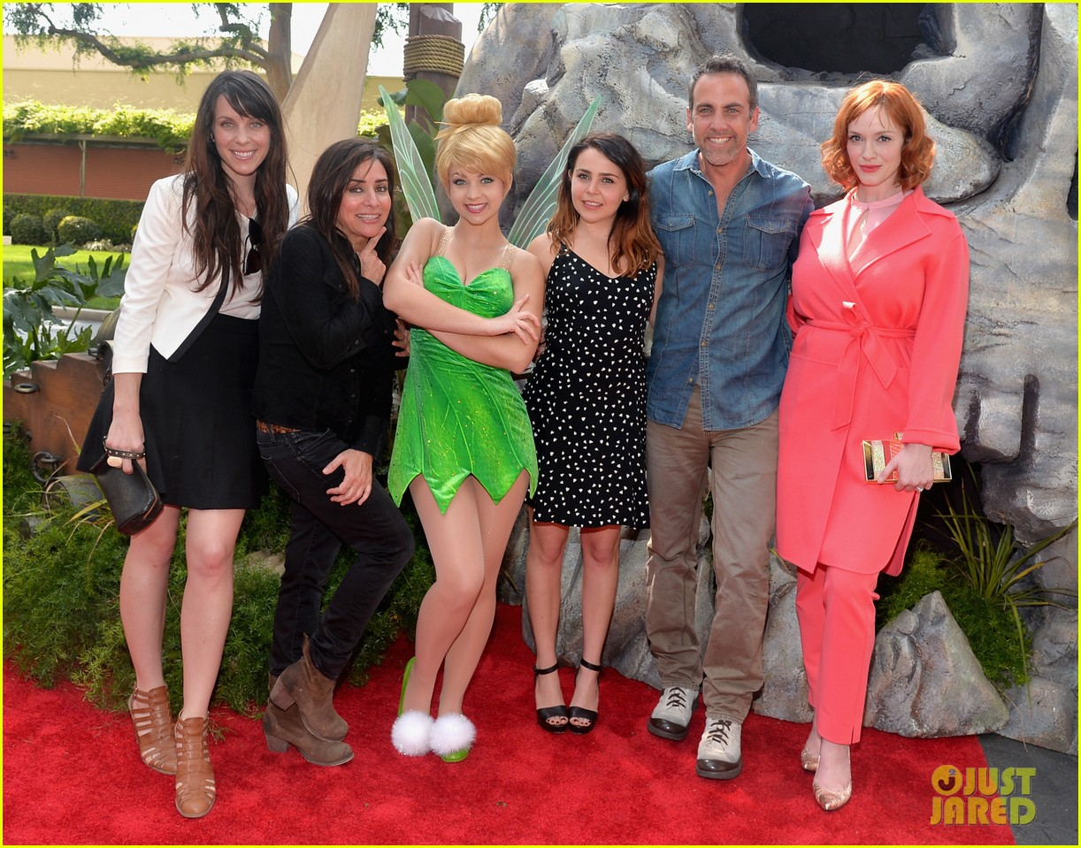 christina hendricks mae whitman pirate fairy premiere 14