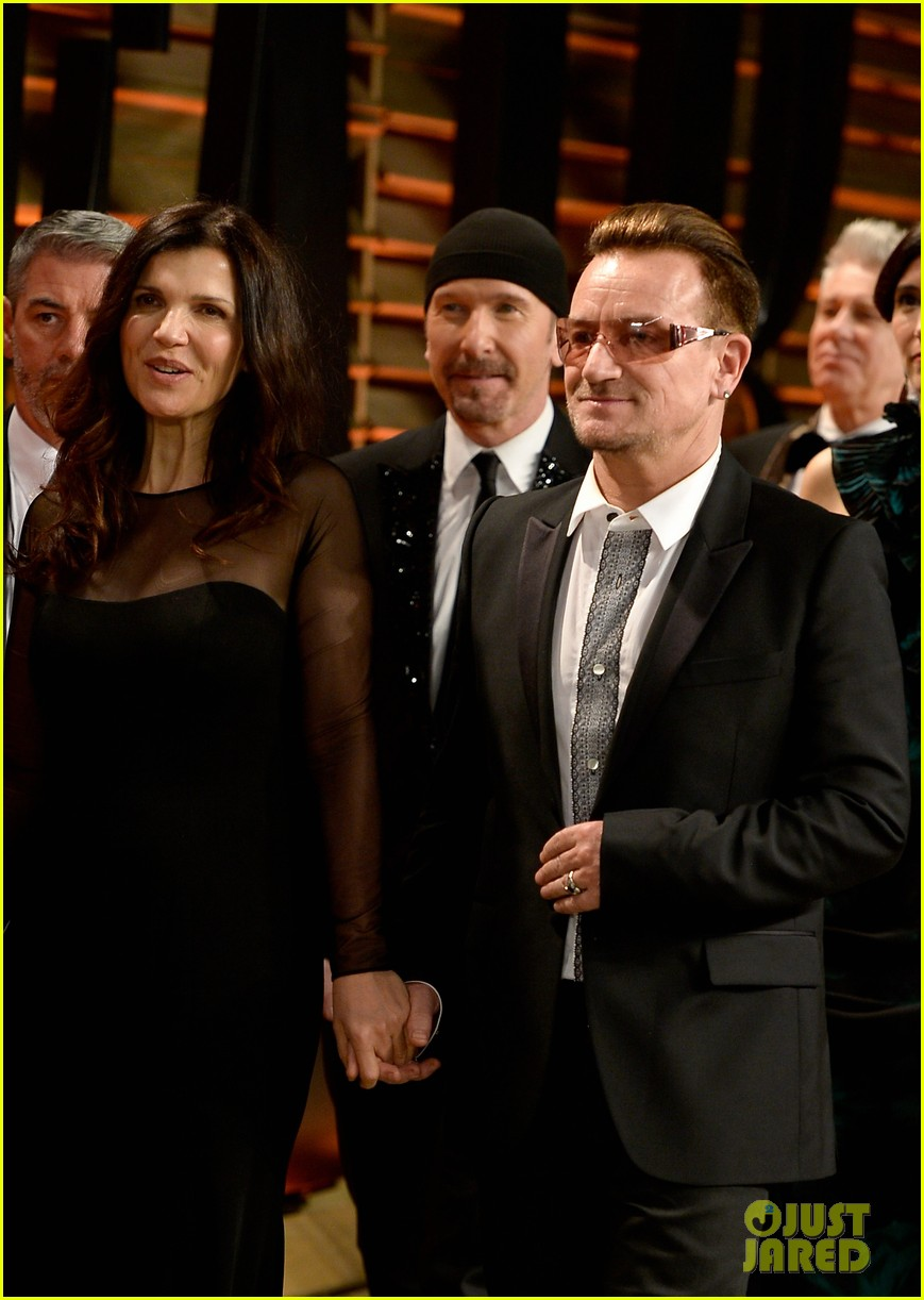 eve hewson bono attend vanity fair oscar party after performing 07