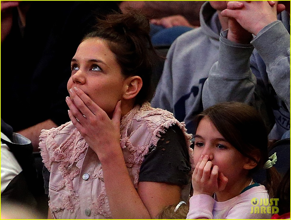 katie holmes suri cruise basketball game 103082230