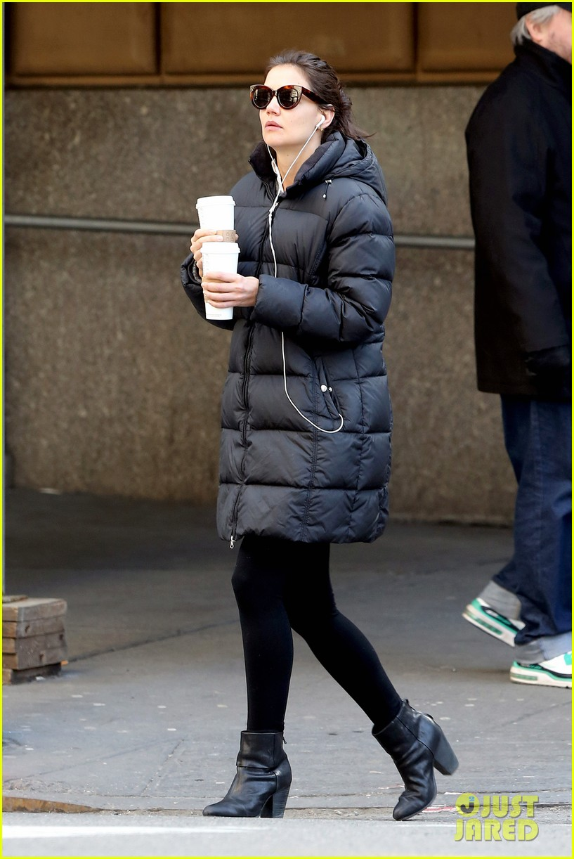 katie holmes new york has been very good to suri me 10