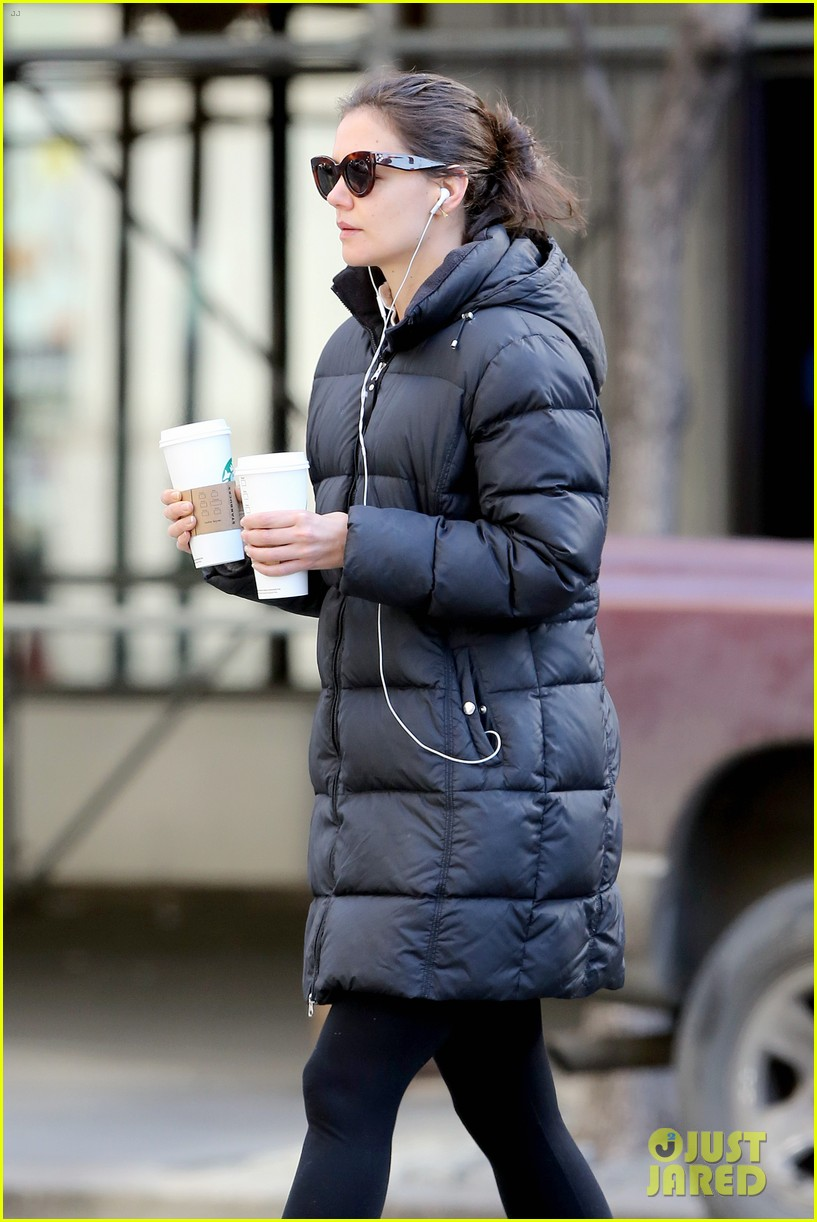 katie holmes new york has been very good to suri me 16