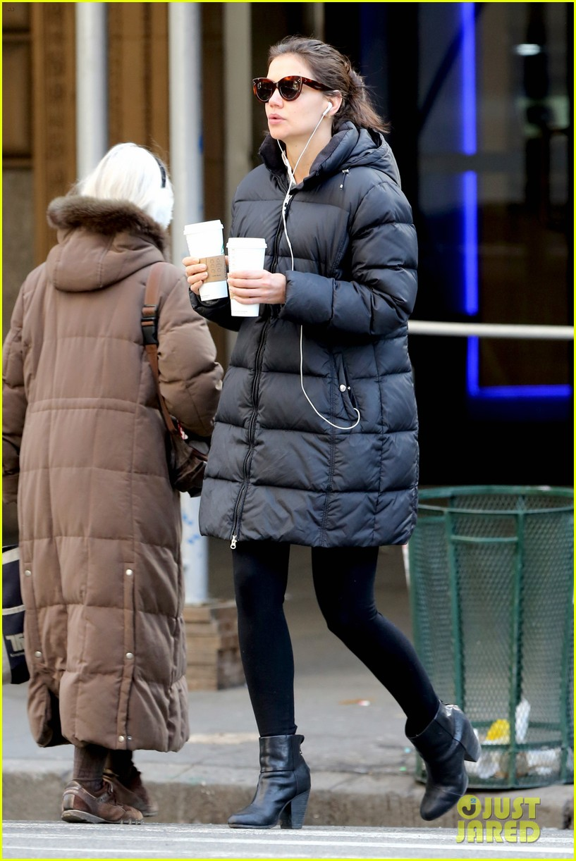 katie holmes new york has been very good to suri me 17