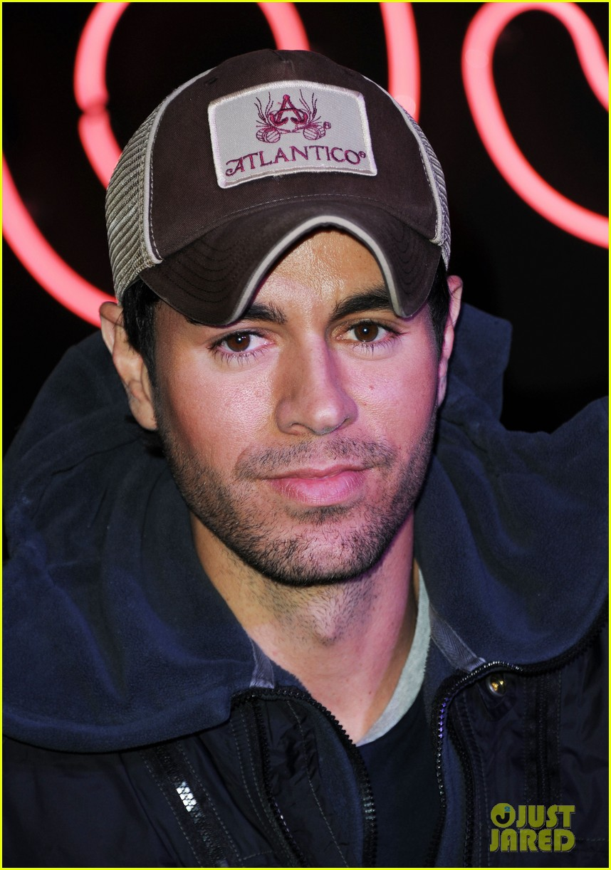 enrique iglesias explains how he avoided pitfalls in the business 023080451